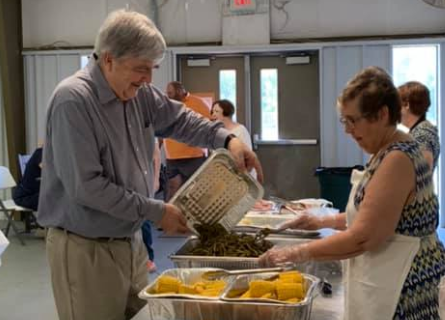 Whitesburg Area Christian Ministries<br><br><i>Provide opportunities for the members of participating churches and community at large to respond to local needs</i>